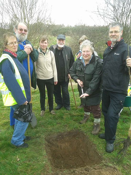 Picture shows (LtoR) Jane Dearling, HPCA chairman; Mike Nobbs, secretary; volunteers Vicky Fairweather, Jeremy Dearling, Sally Turff (with ladleful of ashes and mostly obscuring Carol Tupper) and Hugh Rout